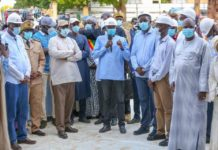 Dans le cadre de la tournée économique, le Président Macky Sall a visité ce dimanche le chantier de la sphère ministérielle administrative régionale de Kaffrine.