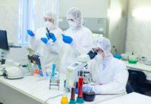 Vaccin contre le coronavirus : où en sont réellement les laboratoires?