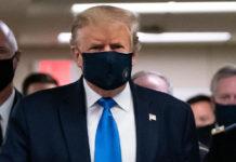 Présidentielle américaine: testé négatif, Trump tient son premier meeting en Floride