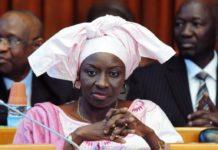 Mimi «boude», Amadou Bâ, Oumar Youm, Aly Ngouille, Boun Dionne chantent Macky
