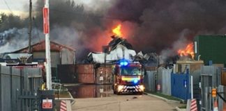 Incendie au «Pakk de Sodida» : Des véhicules, des animaux et du bois calcinés