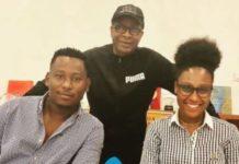 """Que prépare Youssou Ndour ? En tout cas, depuis qu'il a annoncé la date de """"Fiitey"""", les fans sont surexcités. Le roi du Mbalax va-t-il apporter de la nouveauté dans son émission musicale. Pendant que Sidy Diop et le camp de Wally Seck se déchirent, Youssou Ndour regroupe les jeunes artistes sénégalais. Dans une photo postée sur Instagram, le chanteur s'affiche avec Amira et Jahman."""
