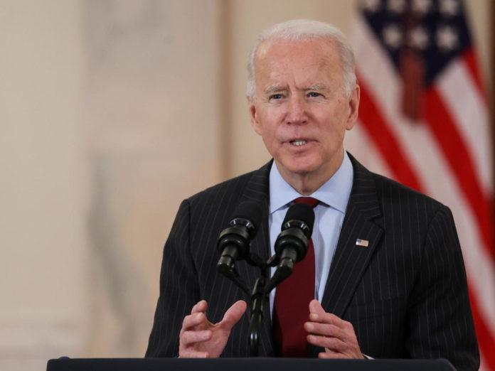 Une première conférence de presse pour Biden en pleine polémique sur les armes et les migrants