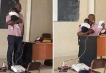 """Un professeur porte le bébé d'une élève pour """"saluer le courage de toutes les mères étudiantes"""""""