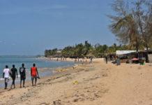 Acte contre-nature: Deux hommes mariés, surpris en plein ébats sexuels sur la plage avec une dizaine de préservatifs