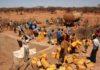 Cinq ans sans eau courante : Gabou a investi en masse la rue