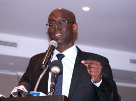 Thierno Alassane Sall met du sable dans le gloria : «Macky Sall n'a ni la stature de Diouf, ni celle de Me Wade»