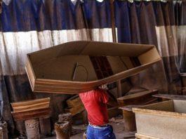 Covid-19 : la commercialisation des cercueils devenue un business très lucratif au Sénégal